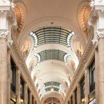 Vitrine de la ville au début du XXe, la galerie Güemes – où Saint Éxupéry a écrit Vol de nuit – retrouve toute sa vitalité commerciale.