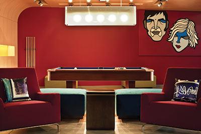 Avec son esprit ludique, Aloft fait partie des réponses des groupes hôteliers à tous ces trublions iconoclastes. L'enseigne de Starwood Hotels, cousine des très tendance W, est apparue récemment en Europe (ici à Bruxelles).