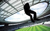 L'esprit et le corps : dépassant son image culturelle, Paris est un haut lieu du sport. Le stade de France et Roland-Garros accueillent des événements corporate.