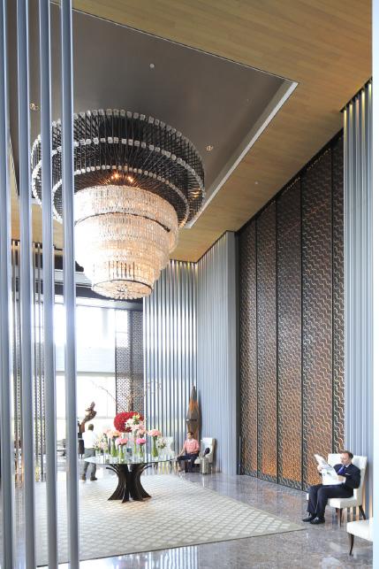 4 — Hyatt, Pullman, Mandarin Oriental, Kempinski : la plupart des enseignes prestigieuses ont pignon sur la rue Thamrin. Parmi les dernières arrivées, la Luxury Collection de Starwood Hotels avec l'Hôtel Keraton.