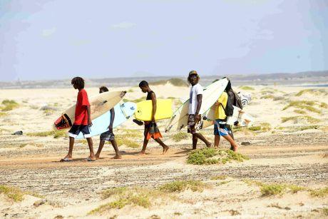 Le Cap-Vert est un des plus grands spots de surf du monde.