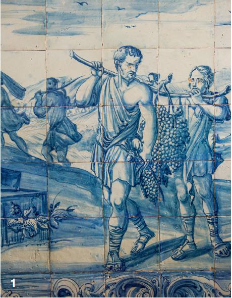 — Bien sûr, c'est le blanc qui domine dans la région. Mais le bleu délicieux des azulejos est lui aussi partout présent. L'université d'Evora s'est fait le conservatoire de ces scènes mythologiques ou bucoliques.