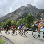 3 — Organisateur du Tour de France, la filiale du groupe Amaury ASO fait vivre de l'intérieur le grand frisson des étapes de montagne à des groupes privilégiés.