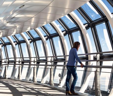 2 — Inaugurée en 2012, la tour de radiodiffusion Skytree est la deuxième plus haute structure du monde après Burj Khalifa à Dubai.