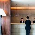 Avec à peine 60 chambres, le Four Seasons Marunouchi est un petit boutique-hôtel chic, cosy et contemporain.