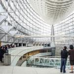 Le Tokyo International Forum, vaste lieu d'expositions dessiné par l'architecte uruguayen Rafael Vinoly.