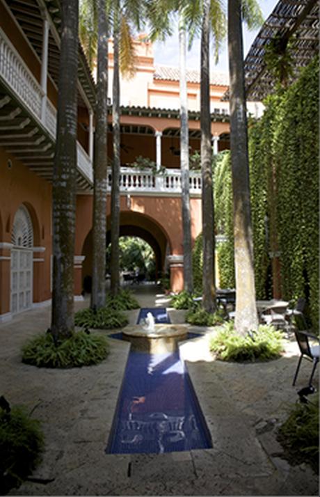 Classée au patrimoine mondial de l'Unesco, Carthagène participe à l'attractivité retrouvée du tourisme en Colombie.