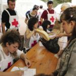 La Croix-Rouge Française propose aux entreprises des incentives à conno tation humanitaire, allant de l'action sociale à l'aide financière.