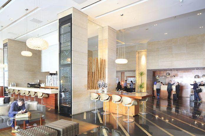 Le Renaissance Sao Paulo, pionnier de l'hôtellerie de luxe dans la ville, conserve son rôle premier.