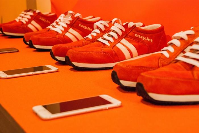 Les Sneakairs sont dotées d'un capteur communiquant par Bluetooth avec une application GPS