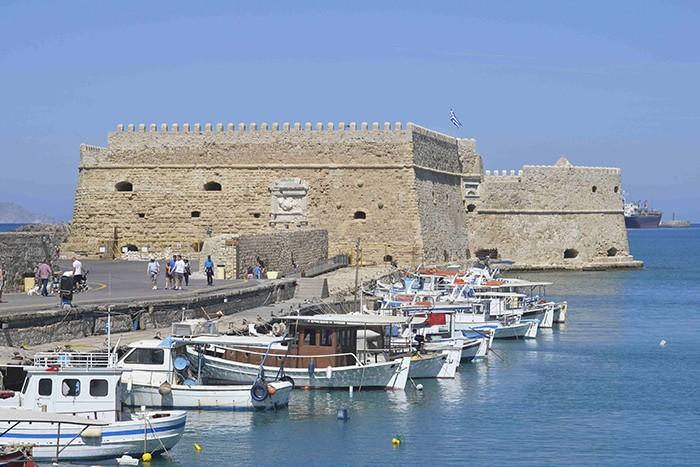 la crète, Heraklion, port et forteresse