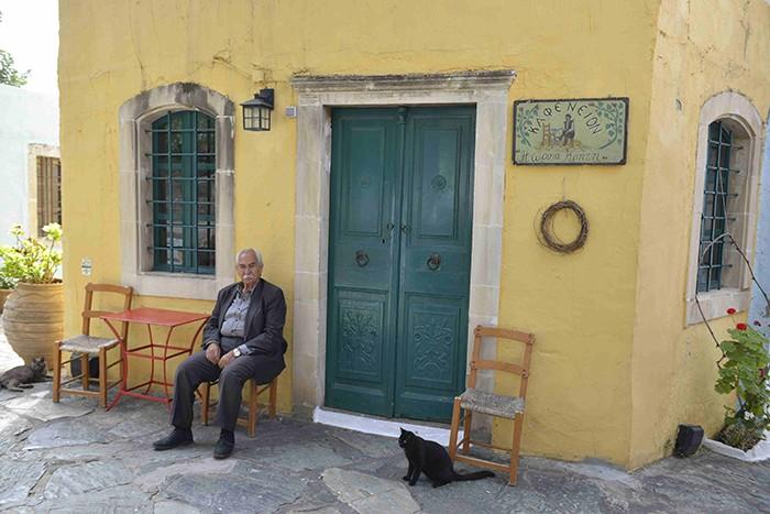 La Crète, Arolithos, village reconstitué