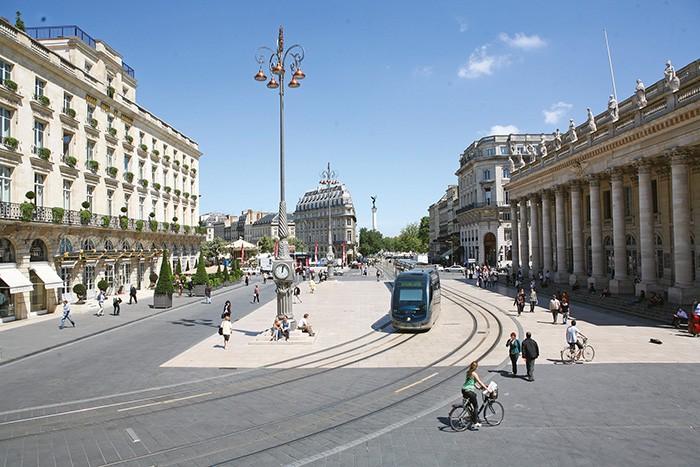 BORDEAUX – Bientôt reliée à Paris par une ligne TGV, la ville a de grandes ambitions pour son nouveau pôle événements Bordeaux Events avec un nouveau hall d'exposition en préparation.