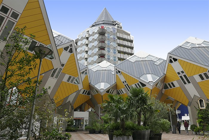 Les Kijk-Kubus, conçues par l'architecte Piet Blom.
