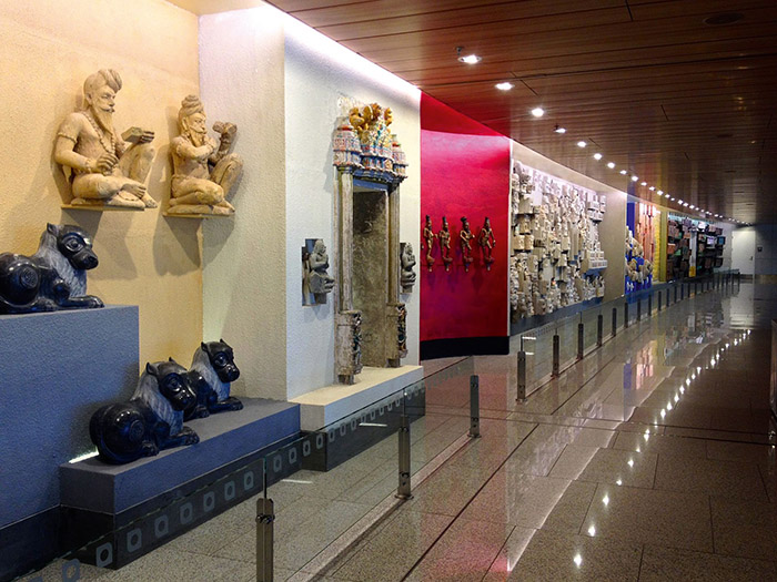 Airport_Art_Gallery