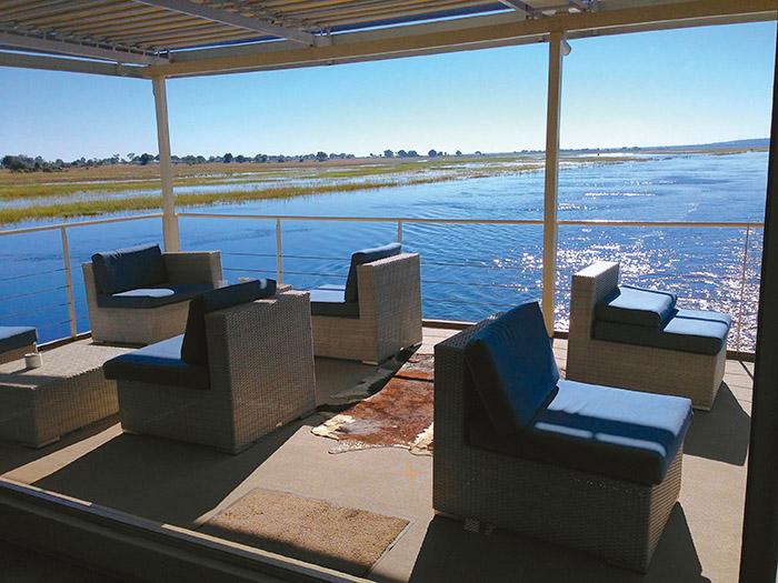 Proposé par CroisiEurope, l'African Dream navigue sur la rivière Chobe, pour une immersion au cœur du monde sauvage.
