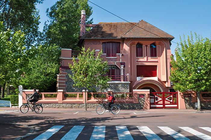 La villa Tata Ice, dessinée comme d'autres par H. Pouillet.