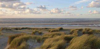 Les plages du Nord, infinies sous des ciels vieux rose frangés de gris perle, ont en son temps enchanté la grande Colette et inspiré de nombreux peintres, charmés par les lumières toujours changeantes de la côte d'Opale.