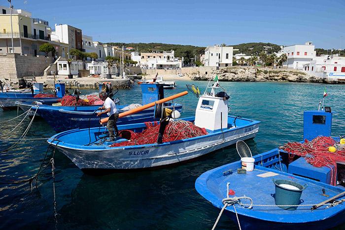 Rurales, les Pouilles sont aussi tournées vers la mer avec des jolis petits ports comme celui de Santa Caterina.