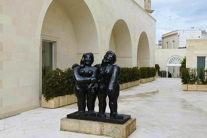 """La Fiermontina, urban resort, à Lecce, croule sous les œuvres d'art. Ici, """"Les deux sœurs"""", de Fernand Léger."""