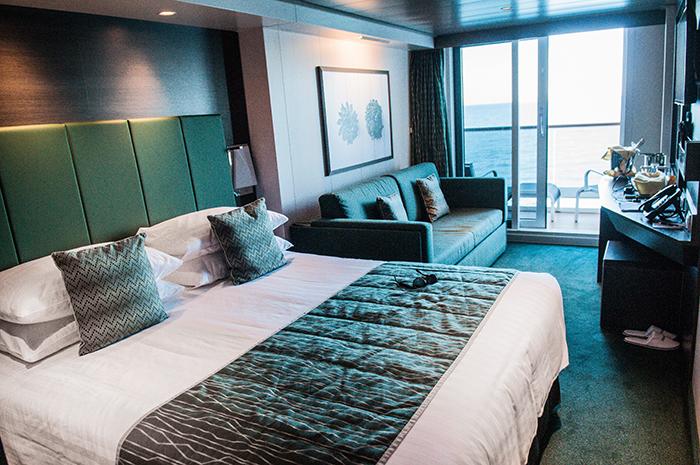 Agrémentées de balcon pour la plupart, les cabines du bateau offrent toutes un grand confort.