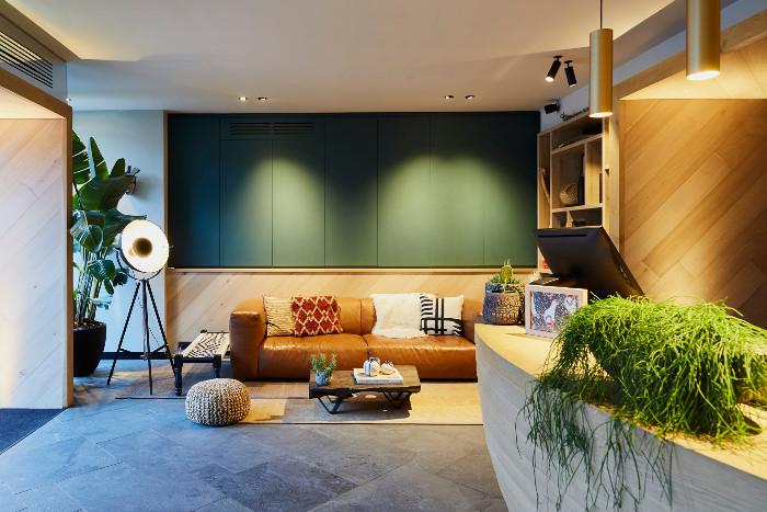 Hotel-Indigo-Antwerp-lobby-web
