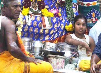 inde-pondichery-procession