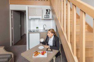L'évolution en cours des résidences n'enlève rien à leur attrait majeur : offrir un cadre intime aux voyageurs. © Appart'City