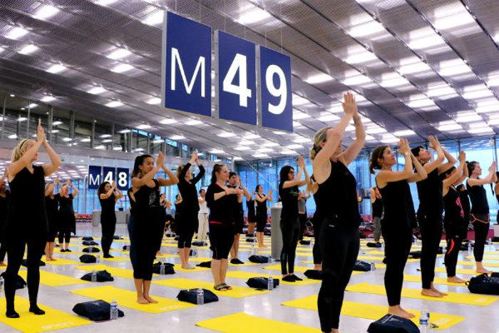 Séance de yoga à Paris CDG