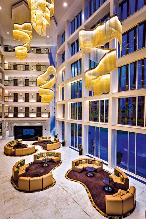 Parmi les métropoles les plus dynamiques, Kigali est aussi l'une des plus attractives pour les événements grâce au Radisson Blu et son centre de congrès pouvant accueillir jusqu'à 5 000 personnes.© Radisson Hotel Group