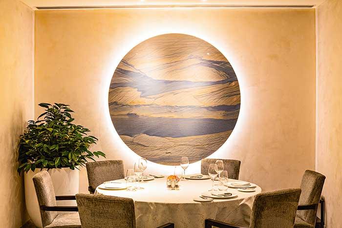 """Jing, une cuisine aux accents méditerranéens fondée sur des produits """"de la ferme à l'assiette""""."""