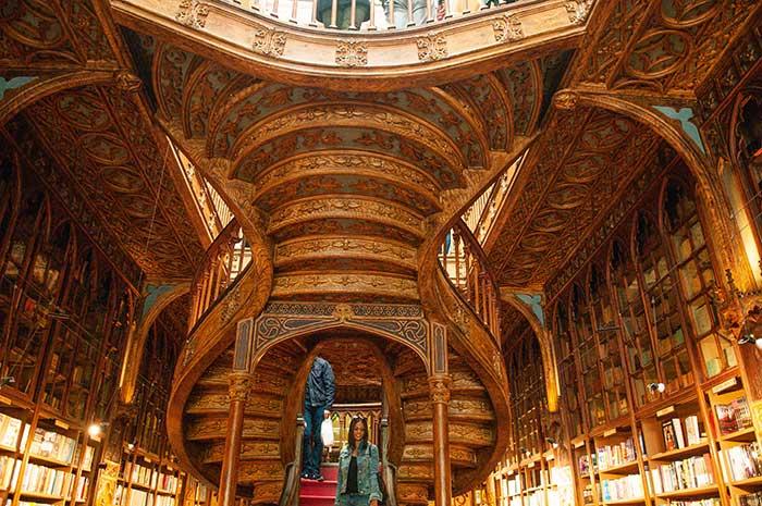 La librairie Lello e Irmao, sans nul doute l'une des plus belles au monde.