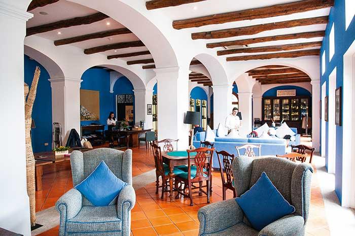 À Pinhao, le charme historique du Vintage House Hotel s'accorde avec une vue sublime sur le Douro.