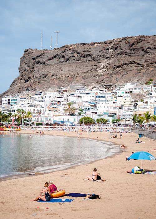 La richesse des paysages et de la culture en ferait presque oublier que Gran Canaria est aussi une destination balnéaire.
