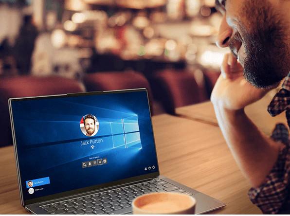 Lenovo Yoga S940 reconnaissance faciale