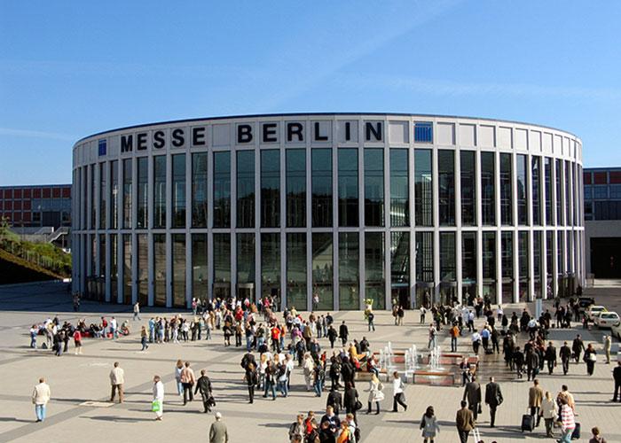 Berlin – Première au classement ICCA en 2015, la capitale allemande continue d'enrichir son offre. Messe Berlin inaugure en avril le hub27, un lieu high-tech et flexible doté de 20 salles.