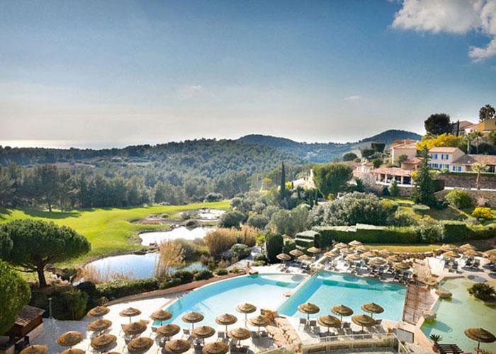 On l'oublie presque, mais La France offre aussi de très beaux resorts golfs, à l'image du Dolce Fregate