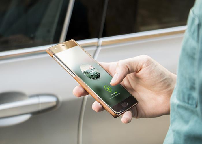 La plate-forme d'autopartage Drivy a développé des fonctionnalités à destination des professionnels.© Drivy