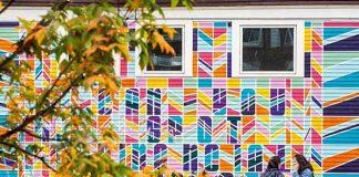 Murs peints, espaces de coworking, bars et restaurants hip : le quartier de Capitol Hill s'est offert une nouvelle jeunesse et attire les start-upers et jeunes diplômés pour un grand brassage d'idées dans l'esprit qui caractérise le Pacific Northwest, c'est à dire respectueux de l'environnement et ouvert sur le monde.