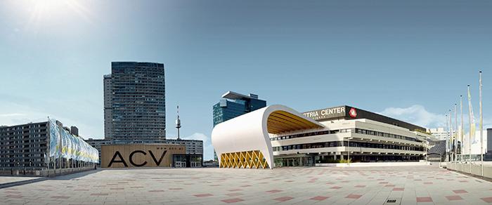 Vienne – à quelques rares exceptions, la capitale autrichienne dispute chaque année à Paris le rang de première ville mondiale pour l'accueil de congrès. Son point fort : l'Austria Center, rassemblant 22 000 participants. © IAKW-AG - Marius Hoefinger