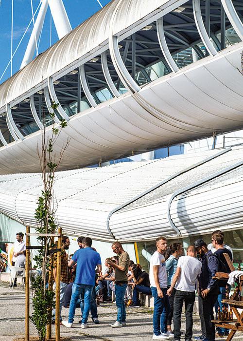 Le nouvel état d'esprit insufflé par l'exposition universelle de 1998, qui s'est tenue au Parc des Nations, se poursuit aujourd'hui.