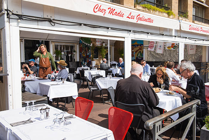 Chez Madie, tout l'esprit de Marseille dans l'atmosphère comme dans l'assiette.