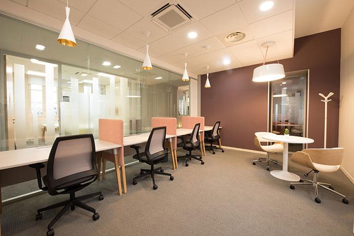Grâce à sa filiale dédiée aux gares, Multiburo compte de nombreux lieux pour les entreprises recherchant des bureaux stratégiquement placés en plus d'une flexibilité immobilière (en photo, à Paris Saint-Lazare).