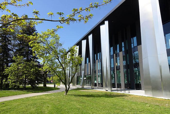 Compacité et flexibilité : en hébergeant sur un même site un centre de congrès et un parc des expositions, Strasbourg propose une offre tout-en-un. © Strasbourg Événements