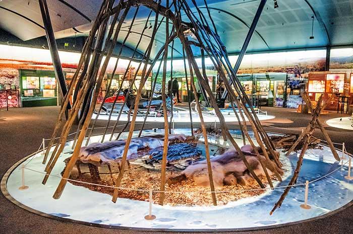Le musée Siida présente un exposé riche et didactique de toutes les facettes de la culture sami.