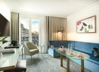 rentree-Hotel-Louvre