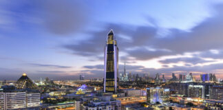 Dubai-Sofitel-Obelisk