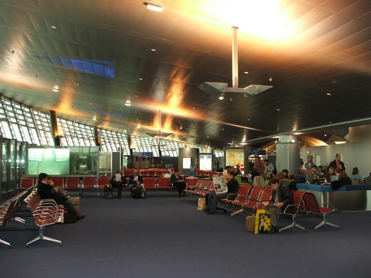 lignes-dlignes-domestiques-aeroport-lyonomestiques-lyon