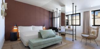Hilton-Tapestry-Atocha-Madrid