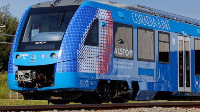 Première circulation du train Coradia iLint Hydrogène en France. (c) Samuel Dhote.